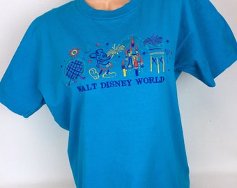 VTG Walt Disney World Mickey Mouse embroidered Tshirt Epcot Center blue Orlando