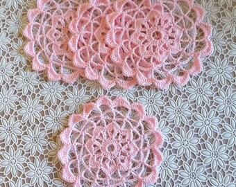 COBWEB LACE DOILIES (pink)