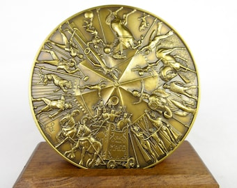 Vintage 1990 Bradbury Bronze Medallion / Circus Maco / Connecticut CT Mint / Calendar Coin / Collectible Paperweight / Oversized Coin Mint
