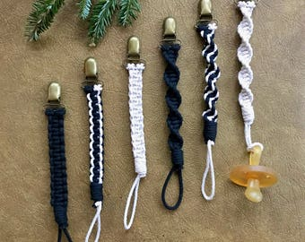 Macrame Pacifier Clip - Black / White Cotton Rope - Monochrome Stylish Toy Clip / Teether Clip / Binky Clip / Soother Clip - Boho Baby Gift