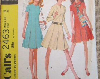 Vintage 1970's McCall's Sewing Pattern 2463 Misses Dress in Three Versions, Step by Step Pattern, Vntage Clothes, Vintage Patterns