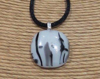 White and Black Pendant, Black Accents, Fused Glass Jewelry, Neutral, Everyday Jewelry on Etsy, Ready to Ship - Stylin' - 5