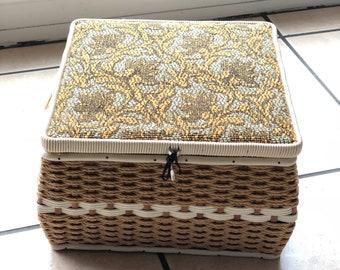 Beautiful 1960's/70's Sewing basket