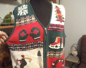 Vintage Christmas Vest ~ Mittens ~ Skates ~ Wreath ~ Guy Skiing ~ Tree  Size Large