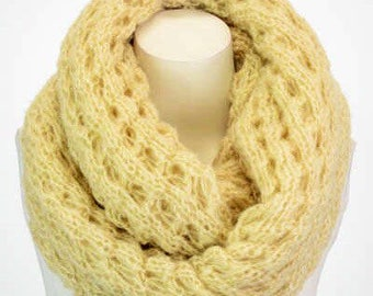 Chunky Soft Knitted Lace Infinity Cream Cowl