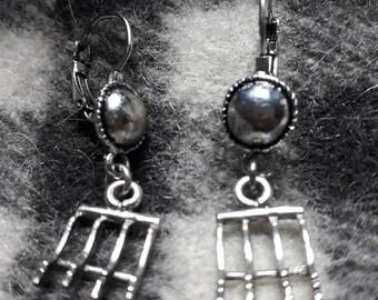 Raseteur Style fancy silver plated hook earrings