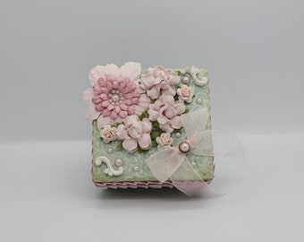 Vintage style altered box, in green and pink.