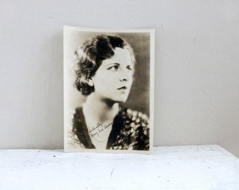 Old photo, black and white photo, May McAvoy, old photography, silent film star, publicity photo, signed photo, autograph, signed