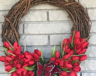 Red Tulip Wreath