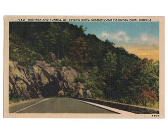 Shenandoah National Park Virginia vintage linen postcard   Skyline Drive, Blue Ridge Mountains   1940s VA travel souvenir, home state decor