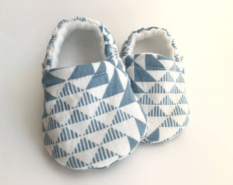 Blue & White Baby Booties, Baby Shoes, Baby Slippers, Baby Booties, Baby Moccs, Soft Sole, Baby Gift, Baby Booty