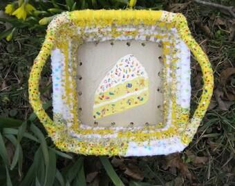 BAKERY SHOPPE SERIES  textile art Basket tray box  Confetti Cake