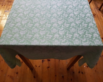 green and white tablecloth, vintage tablecloth, woven floral tablecloth, vintage textiles, jaquard, damask, woven, floral pattern, leaves