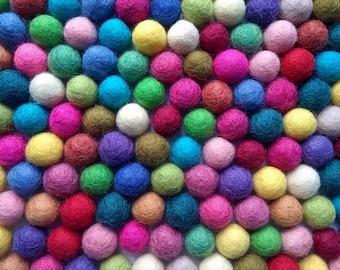 Felt Balls Color Mix - 50 Pure Wool Beads 15mm - Multicolor Shades