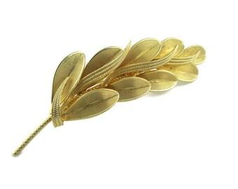 Vintage Large Goldtone  leaf  Motif Foliage Branch Pin Brooch