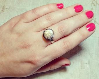 "Locket Ring - Silver Mini Locket ""Poison Ring"" - Floral Design - Fully Adjustable"