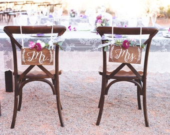Mr and Mrs Chair Signs- Wedding Chair Sign- Mr and Mrs Sign- Wedding Photo Prop- Rustic Wedding Decor- Mr Mrs Table Signs- Wood Sign- Laurel
