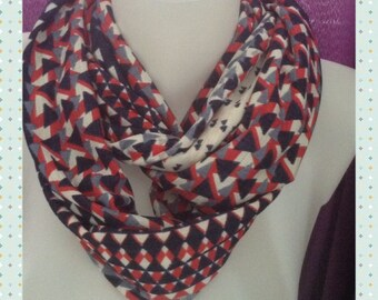Snood, season, red and blue geometric print