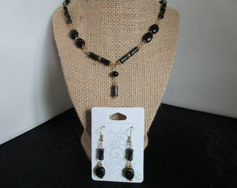 Assorted Black BeadedNecklace and Earrings set