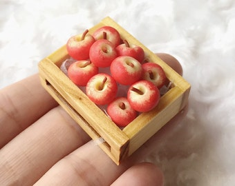 Miniature Apples in the Wooden Tray,Miniature Apples,Dolls House, Miniature Fruit,Miniature dolls,Miniatures accessories,Apples