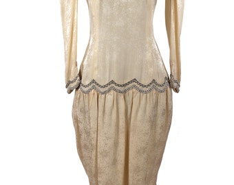 Vintage 1980's Flapper Dress / 1920's Style Frock / Ivory Jacquard Silk / Gunmetal and Pearl Beaded Mesh  / Drop Waist