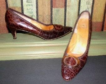 SALE!! Womens Vintage Pandessa Crocodile Shoes Heels Pumps Sz 7.5 N