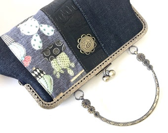 Small purse | Denim and Cactus | kisslock frame