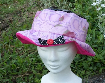 rain hat designer linen ' eva black and pink lined with a pink cotton