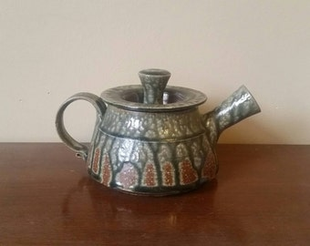 Vintage Handmade Pottery Teapot/ Pottery Teapot/ Ceramic Teapot/ Handmade Teapot/ Vintage Handmade Tea Kettle/ Ceramic Tea Kettle/ Teapot