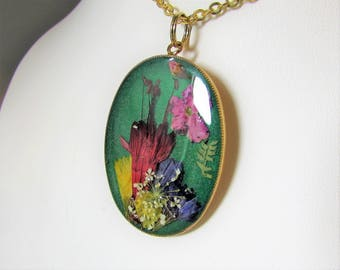 Flowers on Green,   Pressed Flower Pendant, Real Flowers,Pressed Flower Jewelry, Resin (3089)