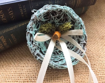Bird Nest Rustic ring Holder / Wedding keepsake