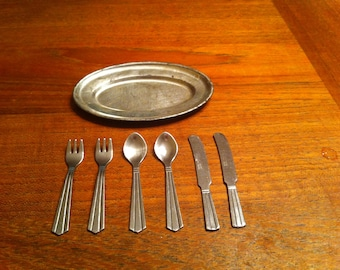 Vintage doll flatware and tray