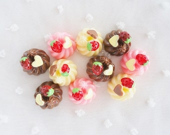 9pcs ((LAST)) Sweets Whipped Cream Dollop Mix Decoden Cabochon (15mm) CW10001