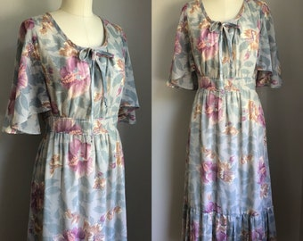 Vintage 1970's does 1930's Floral Print Angel Sleeve Dress Size Small