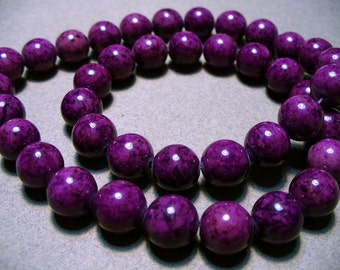 Fossil Beads Violet Round 10mm