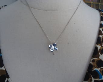 "Vintage Sterling Silver Petite 4-Leaf Clover Pendant on 18"" Sterling Silver Box Chain"