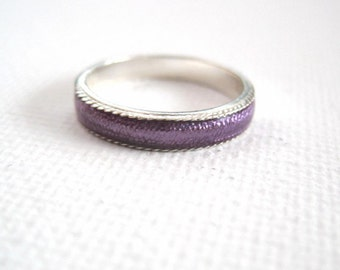 SALE!Vintage Sterling Silver and Purple Inlay Band Ring Size 6