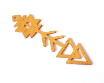Aztec raw brass arrow pendant / exclusive 12x45mm