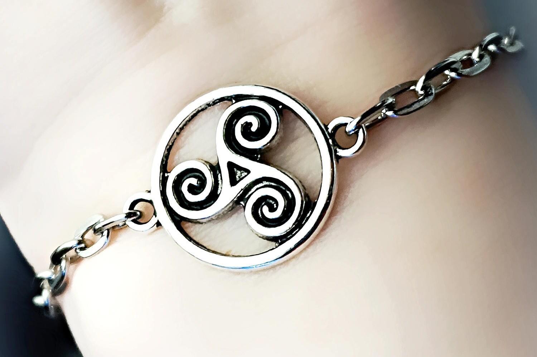 Bdsm symbol triskele metal chain bracelet man husband zoom biocorpaavc Gallery