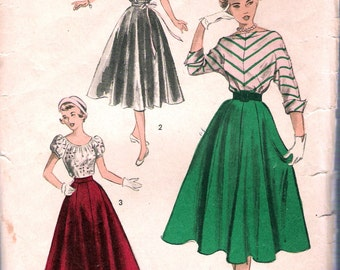 """Vintage 1950's  Advance 5603 Teen Fashion Blouse & Full Skirt Sewing Pattern Size 14 Bust 32"""" UNUSED"""