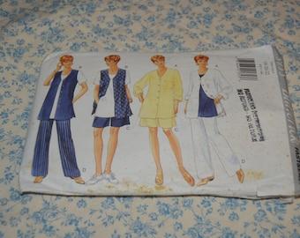 Butterick 3953  Misses / Misses Petite Shirt Vest Top Shorts and Pants Sewing Pattern - UNCUT - Size 18 20 22