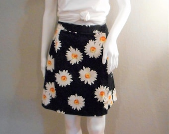 90s grunge Daisy Skort/waist 28/ Cotton Briggs Pencil