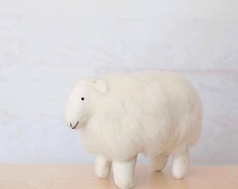 Sheep - Wooly sheep - Nursery decor - Wool - Lamb - Stuffed animal - Felt - Nursery art