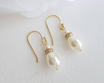 Gold Pearl Bridesmaid Earrings Simple Pearl Drop Earrings Gold Bridal Pearl Dangle Earrings Teardrop Swarovski Pearls Wedding Jewelry, June