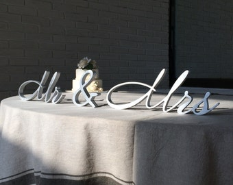 Wedding Mrs and Mr. Mrs and Mr wedding signs. Wedding table signs Mr and Mrs. Mr Mrs silver. Mr and Mrs gold. Mr and Mrs glitter.