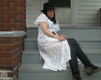 SALE!!!!! 80s - 90s Sheer White Lace Maxi Duster Festival Dress