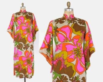 Vintage 60s HAWAIIAN DRESS / 1960s Bright Tropical Floral Print Pointed Sleeve Maxi Caftan Dress L
