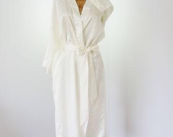 Robinsons 60s White Kimono Robe Embossed Hong Kong