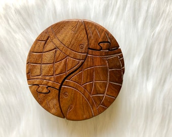 Wooden Fish Puzzle // Cluster Puzzle // Stackable Puzzle // Coffee Table Game