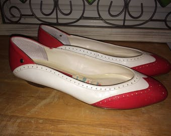 Vintage Etienne Aigner Red & White Leather Spectator Flats Shoes 8M. Original Boscov's Price Tag Still Attached!  Free Shipping